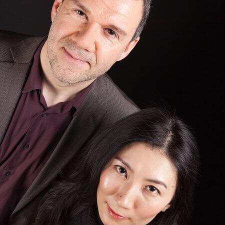 Rainer Killius, Sänger und Komponist, Portrait mit Pianistin Mai Yakushiji
