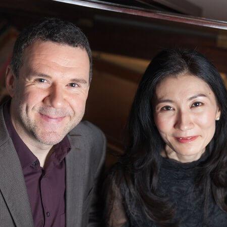 Rainer Killius, Komponist und Sänger, Fotografien am Fluegel mit Pianistin Mai Yakushiji, hier von oben